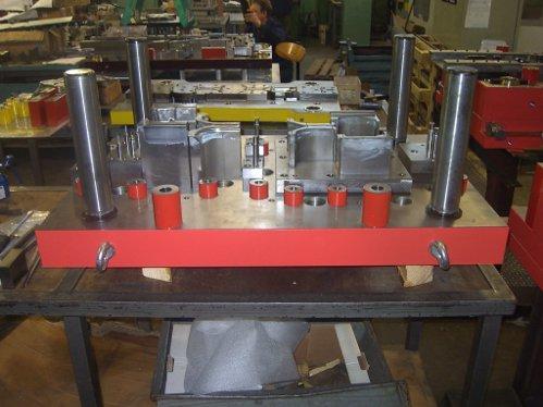 libela-orodja-za-preoblikovanje-001-c